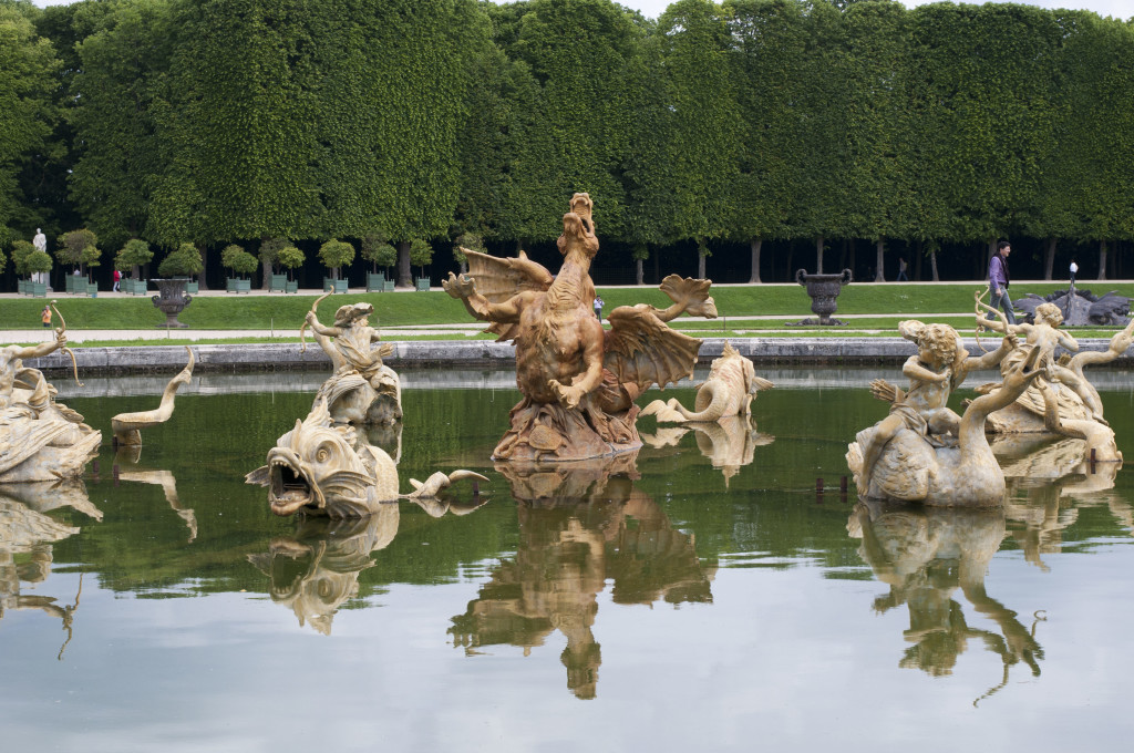 dragon fountain 1