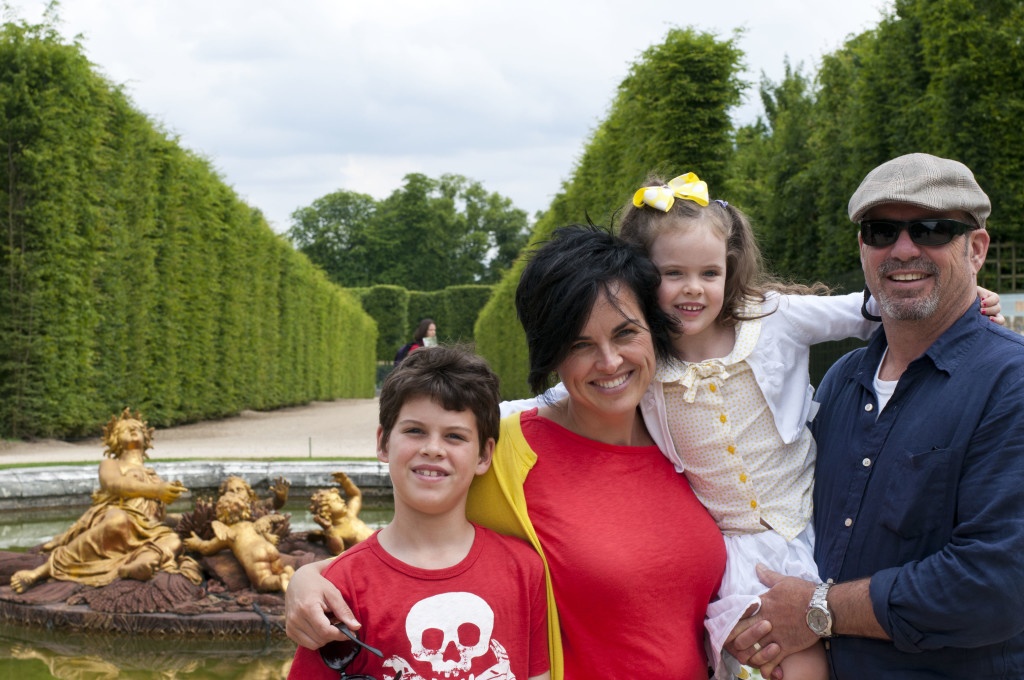 summer fountain family